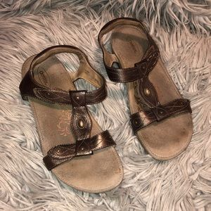 Aetrex Lori sandals Strappy 9 bronze